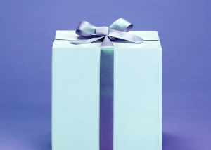 Classy-gift-box-1382924-m